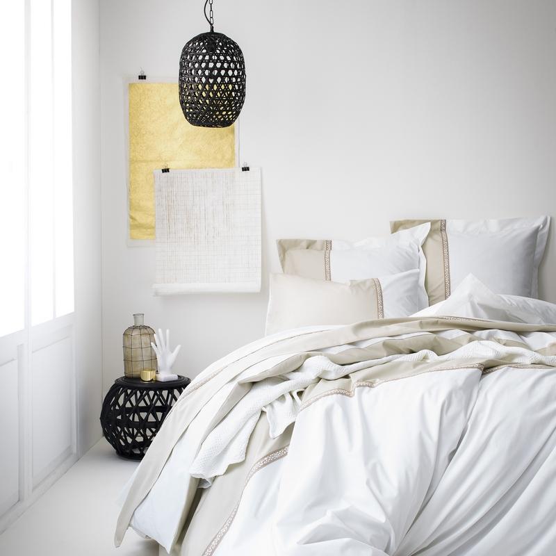 nouvelle collection essix sur rennes chez la centrale du sommeil. Black Bedroom Furniture Sets. Home Design Ideas
